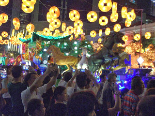 Chinese New Year in Chinatown Singapore 2014 Feb 13